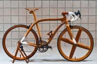 Ninth-generation Japanese shipwright handcrafts lightweight mahogany bicycles