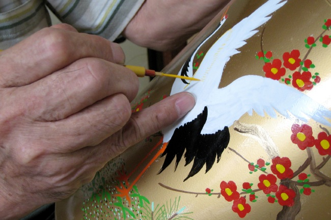 Kotodo Takahashi Corporation - Make Tin Tea Canisters