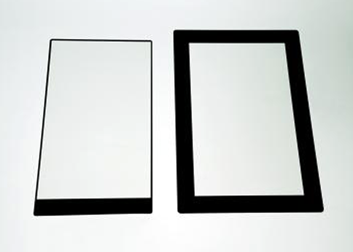 Copper touch panel module with ultra-narrow bezel (left) and the conventional product (right)
