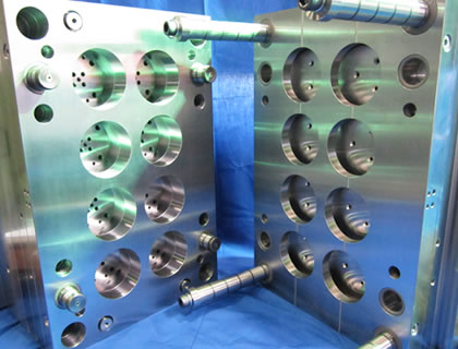 Kawashima-Kinzoku-Multi-cavity-mold-base