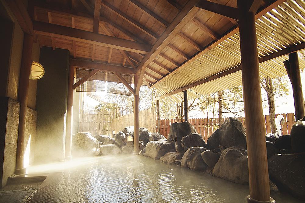 Bathhouse at Meitounoyado Park Hotel Miyabitei in Noboribetsu Hot Springs