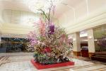 """Keio Plaza Hotel Tokyo - """"Ikebana"""" Flower Arrangement by Renowned Artist Hiroki Maeno"""