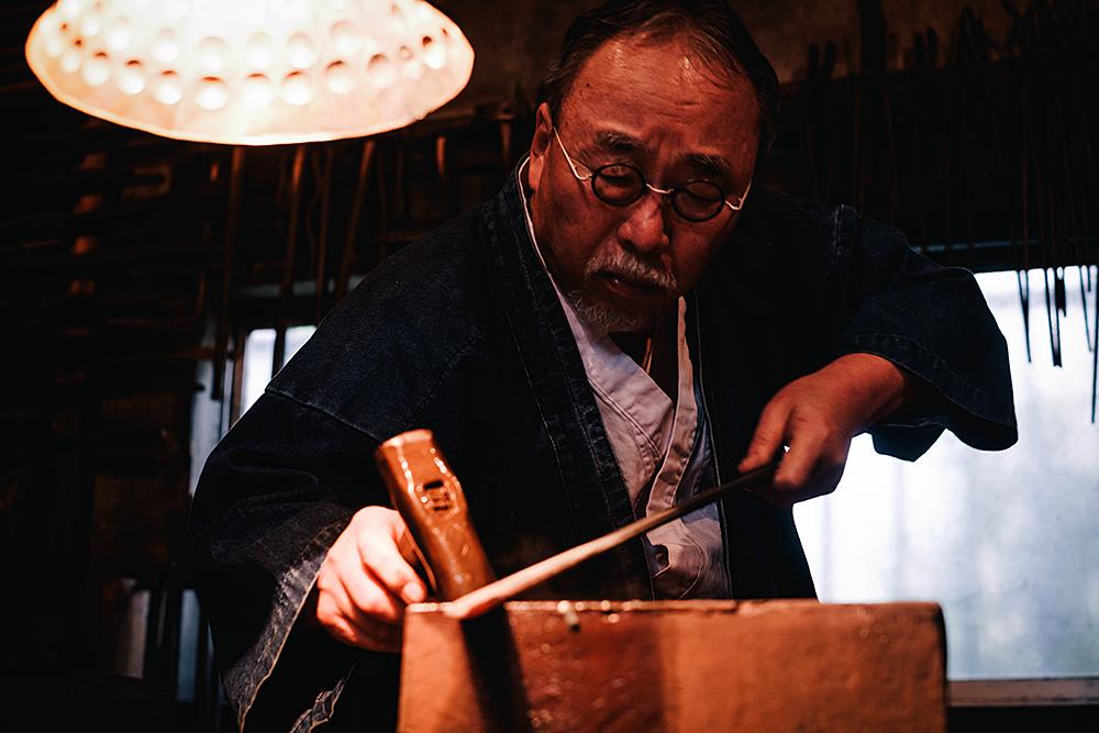 """IS JAPAN COOL?"" - ""CRAFTSMANSHIP"": Japanese swordsmith"