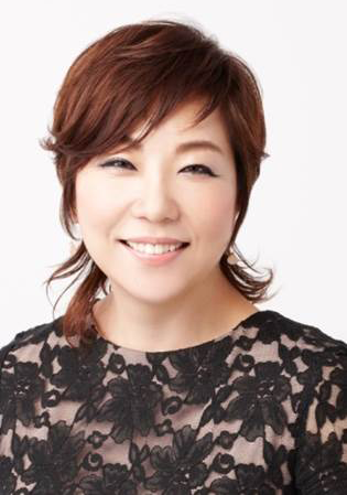 Shiseido top hair & makeup artist, Yumiko Kamada
